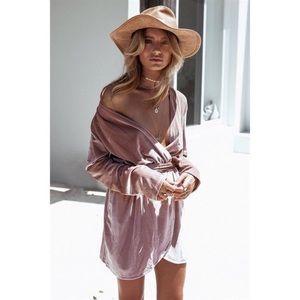 Sabo skirt velvet wrap dress.